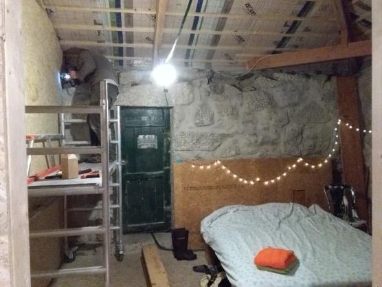 begint op een echte slaapkamer te lijken!